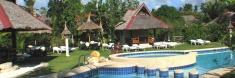 Dolphin House Beach Resort